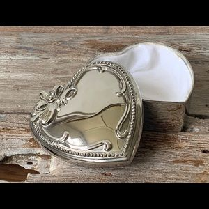 Vintage silver plated heart shaped jewelry box